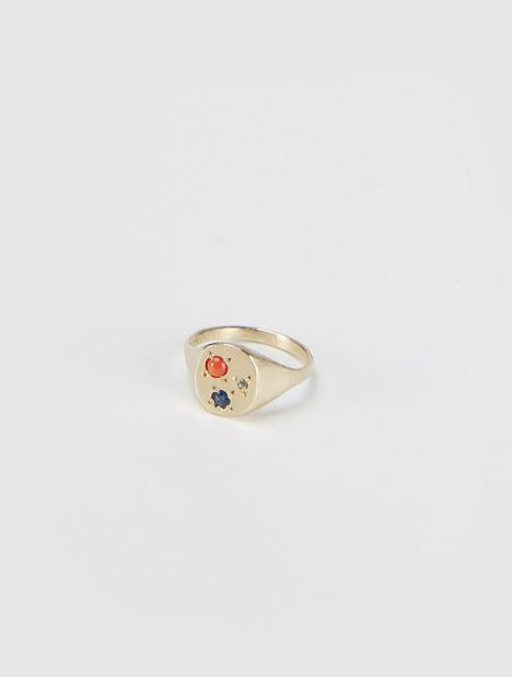 EXCLUSIVE | Cabochon Coral Signet Ring - Gold