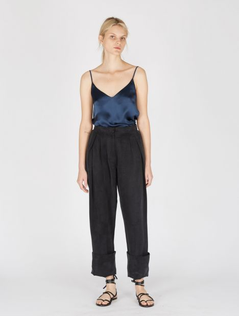 Cuffed Multi Tuck Pant
