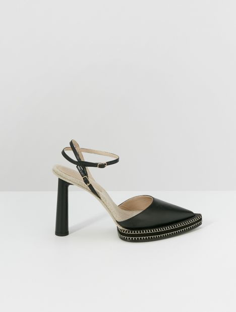 Novio Pointed-Toe Heel