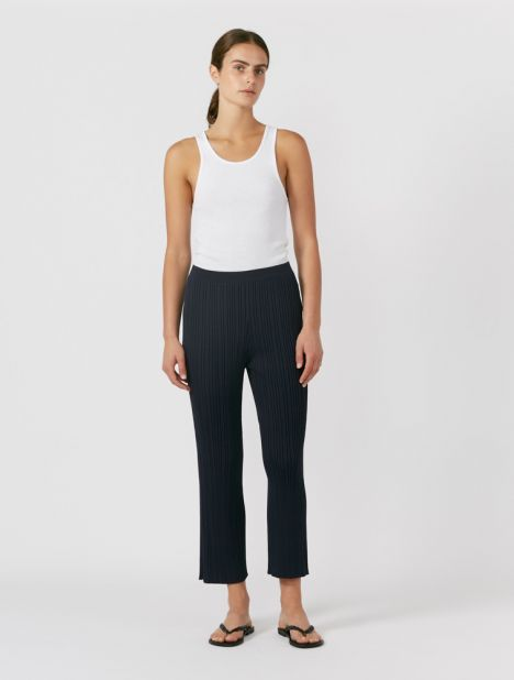 Pinnacle Float Rib Knit Pant - Navy