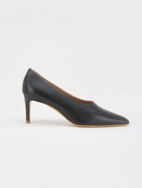 Leather Pointed Toe Pump - Black