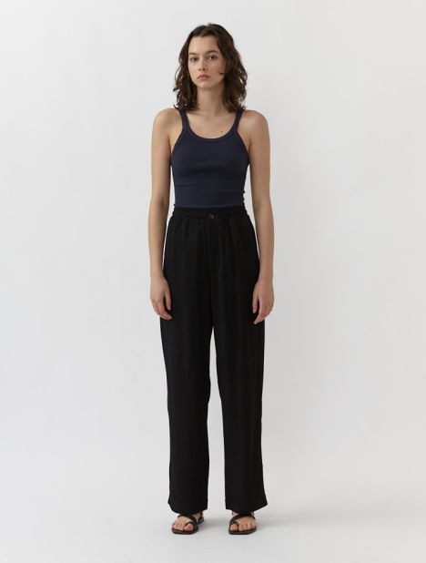 Relaxed Pull-On Pant