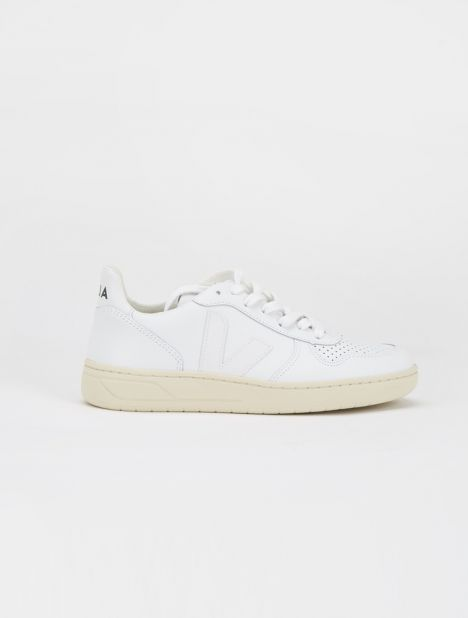 V-10 Leather Sneaker - Extra White