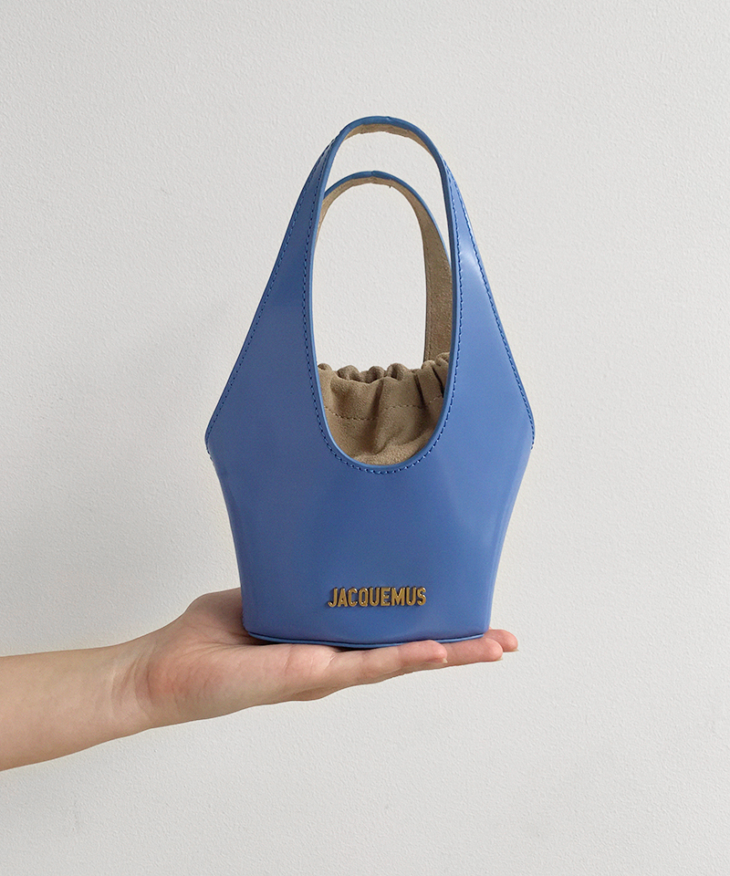 Jacquemus Le Carino Bucket Bag