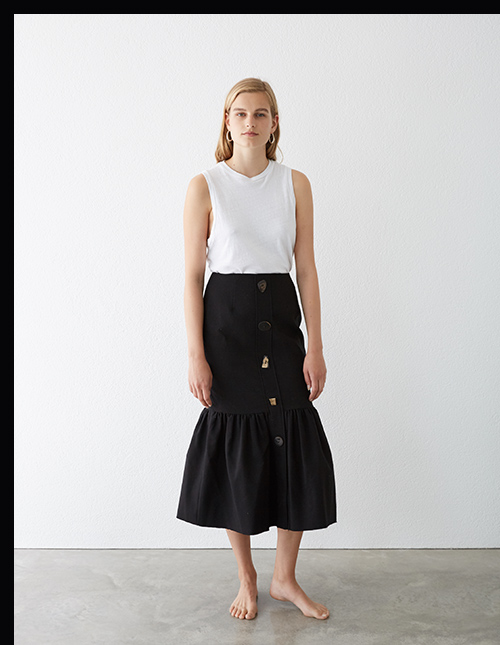 Re/Done tank and Rejina Pyo skirt